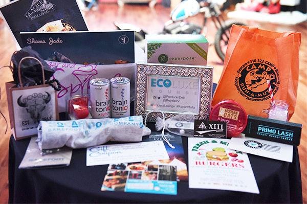 Debbie Durkins EcoLuxe Lounge Gift Bag sweepstakes