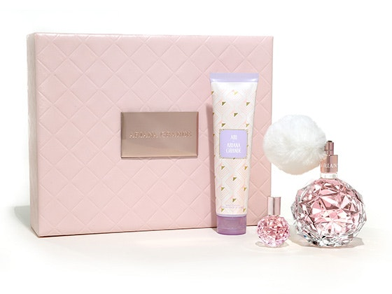 ARI by Ariana Grande Fragrance Gift Set sweepstakes