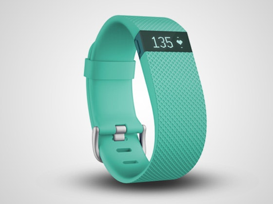 Fitbit teal 560x420