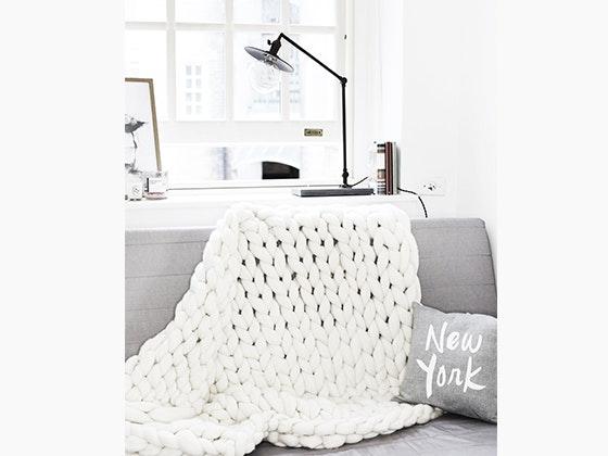 Becozi knitting prize