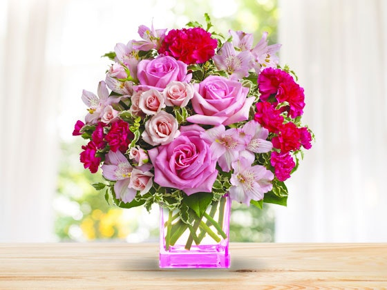Teleflora breast cancer month giveaway