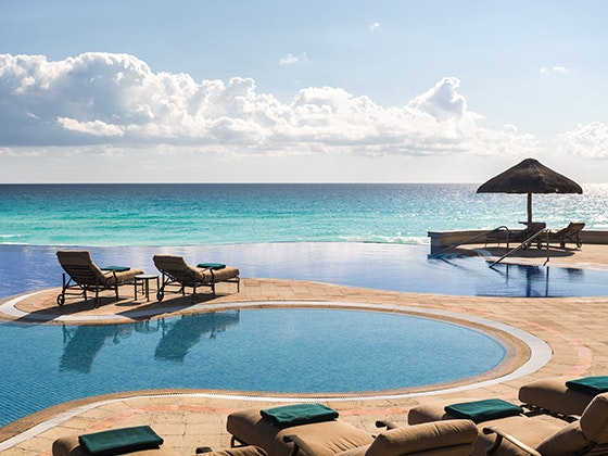 Jw marriott cancun giveaway 1