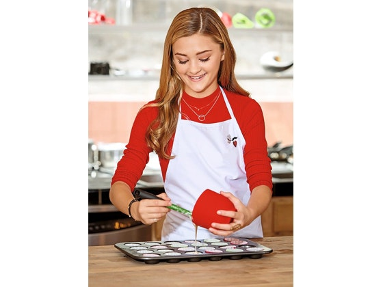 GW Baking: Customink Apron sweepstakes